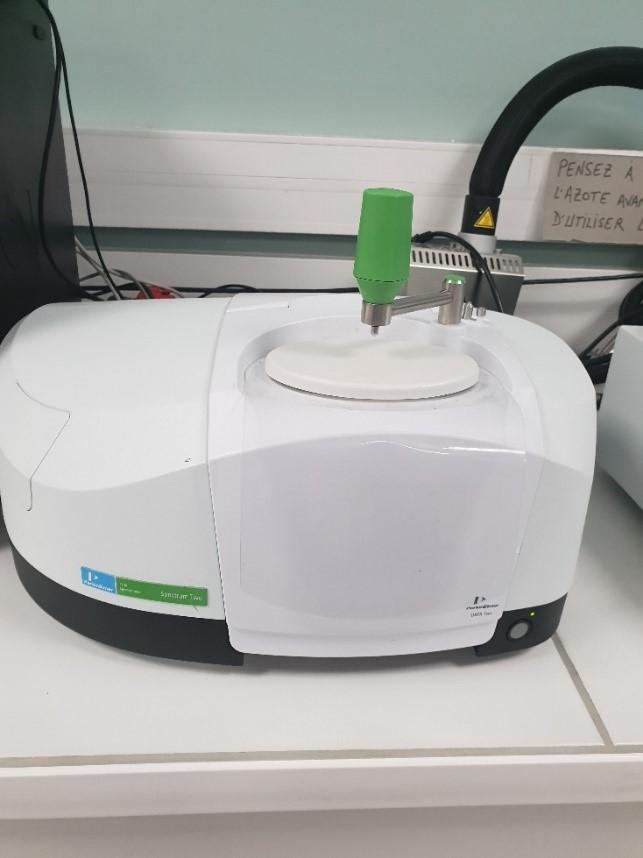Spectrometre IR ATR Spectrum Two Perkin-Elmer